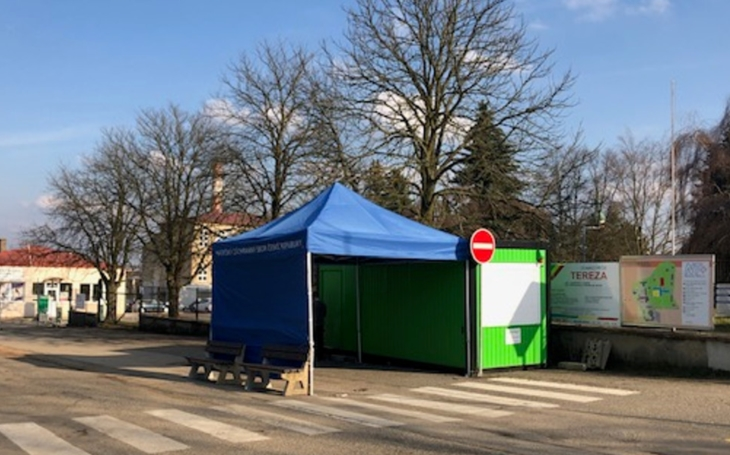 Nemocnice Tábor a Jindřichův Hradec otevírají odběrová místa k vyšetření na koronavirovou infekci