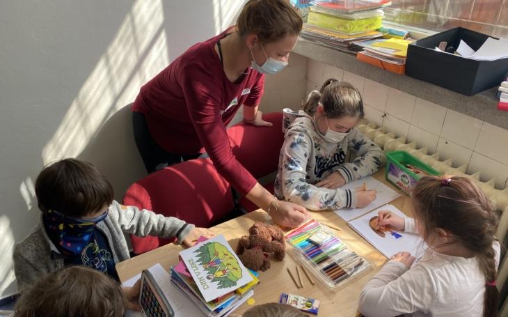 FNUSA svým zaměstnancům nabízí hlídání dětí