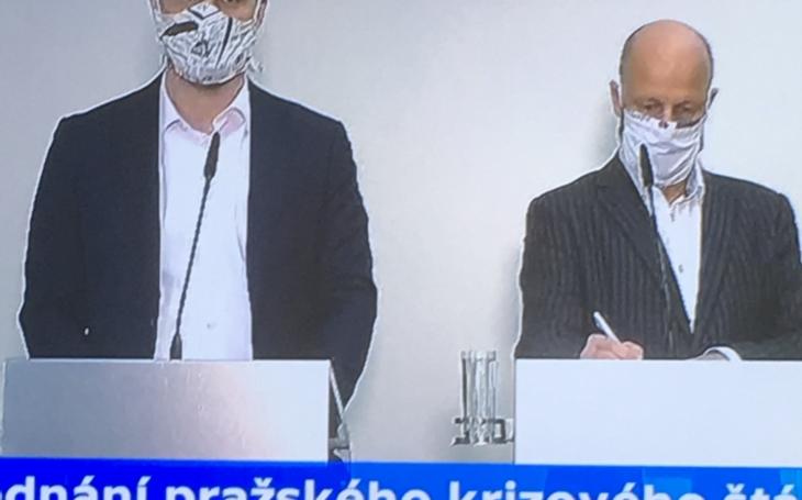 Praha proti epidemii - lůžka pro seniory, roušky a drive-in odběry
