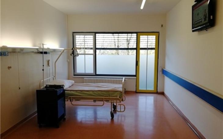 Ústí nad Labem: Krajská zdravotní v každé nemocnici vyčlenila lůžka a má vlastní testování