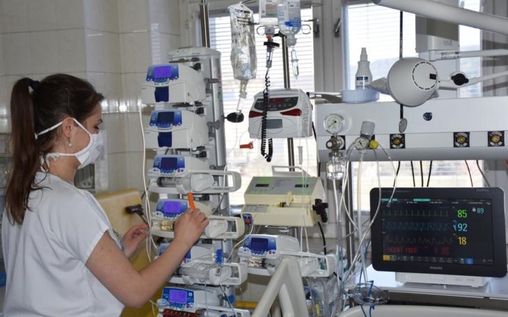 Vsetínská nemocnice: Chirurgická jednotka intenzivní péče  má nový monitorovací systém