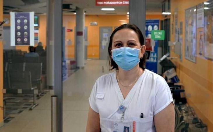 VÝBĚR     Nemocnice Jihlava: Podpora veřejnosti mě několikrát dojala k slzám, říká zdravotní sestra
