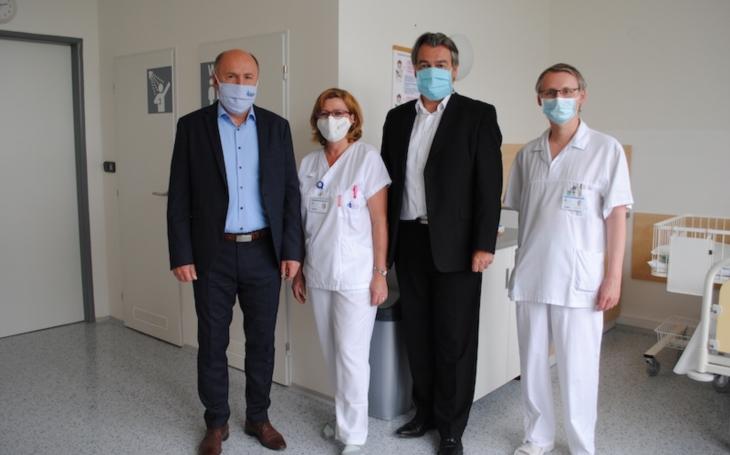 Kladenská nemocnice má zmodernizované prostory šestinedělí