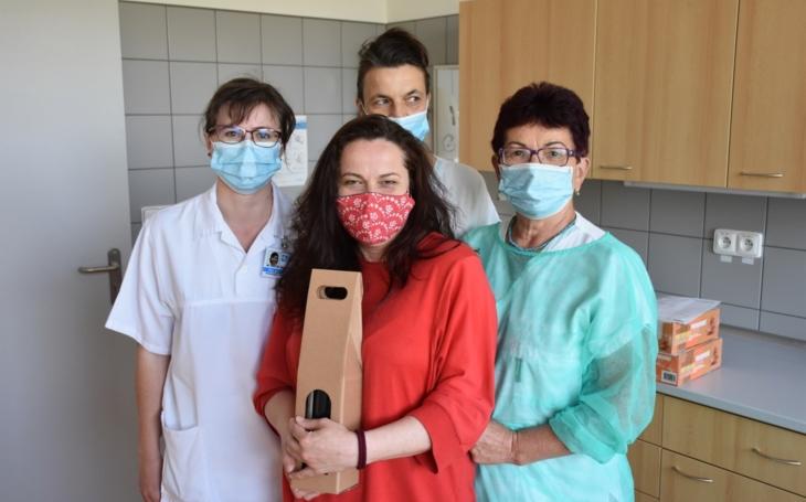 Ve Vsetínské nemocnici přivítali tisícího dárce, obnovili odběry plazmy i všech krevních skupin
