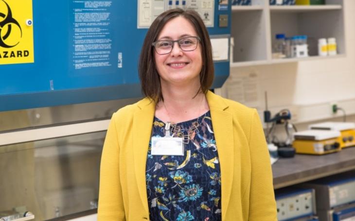 FN BRNO: Jak a kde probíhá testování vzorků na koronavirus?