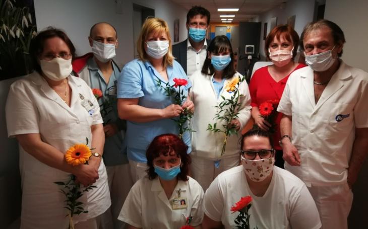 V Nemocnici Sokolov a Ostrov oslavili Mezinárodní den sester