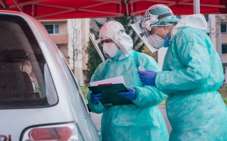 KNTB Zlín: Odběrů u pacientů s podezřením na onemocnění covid-19 jsou tisíce a další přibývají