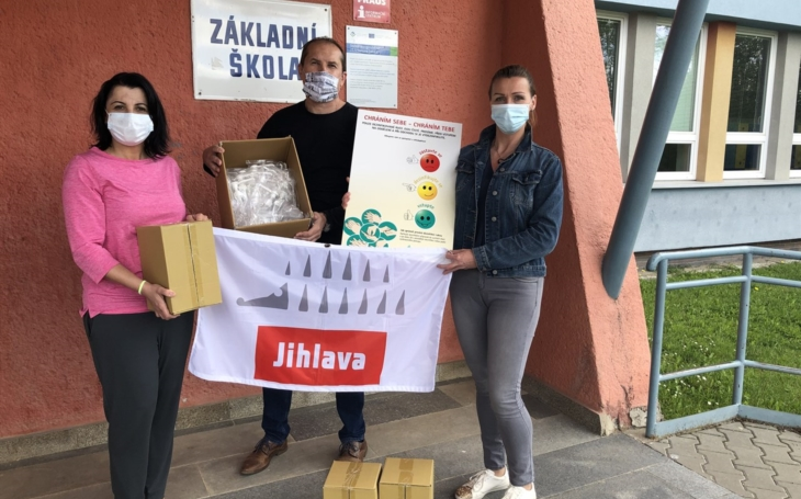 Kraj Vysočina: Jihlavští zdravotníci pomáhají ve školách
