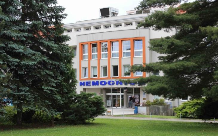 Nemocnice Boskovice: Aktuální provoz - ambulance i neakutní výkony. V areálu nemocnice respektujte platné pokyny
