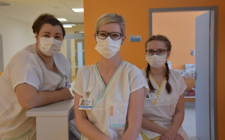 Vsetínská nemocnice: Žlutá stanice  pečovala o šest desítek pacientů s podezřením na koronavirus