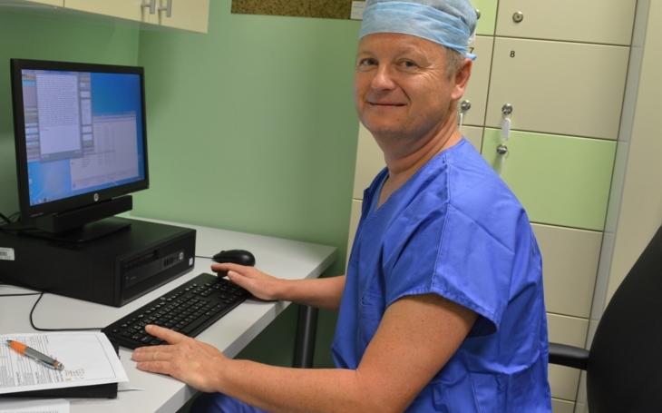 500. robotická cévní operace na Homolce – nemocnice stále drží světový primát