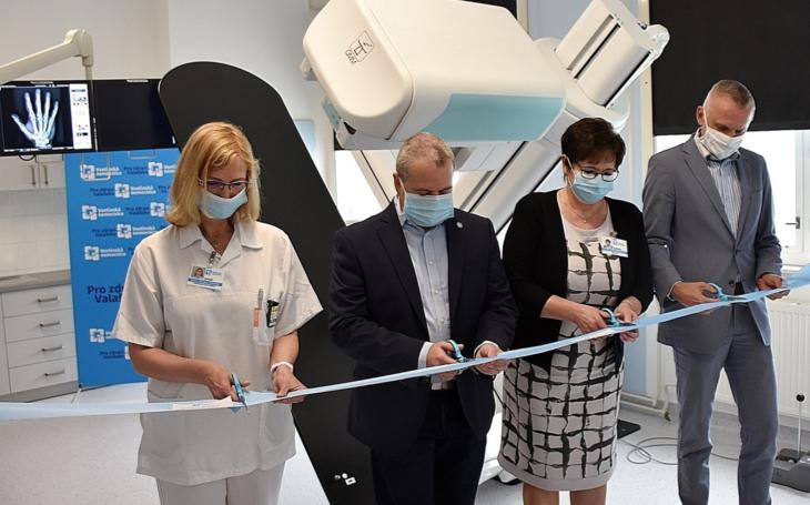 Vsetínská nemocnice pořídila díky evropským dotacím skiaskopickou stěnu za 6,5 milionu