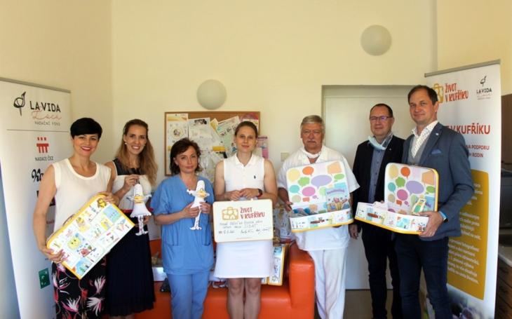 Nemocnice Písek: Novorozenci bez rodičů opouštějí porodnici s kufříkem