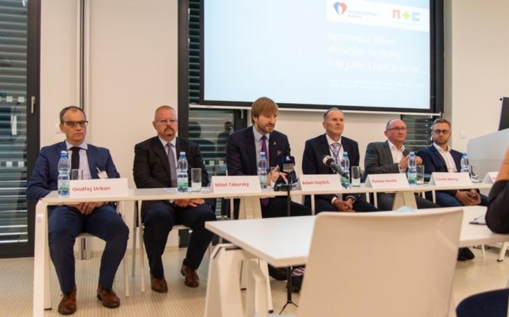 FN Olomouc : Pandemie výrazně přispěla ke zrychlení rozvoje digitální medicíny. V nemocnici vytvořili webovou aplikaci pro videokonzultaci pacienta s lékařem