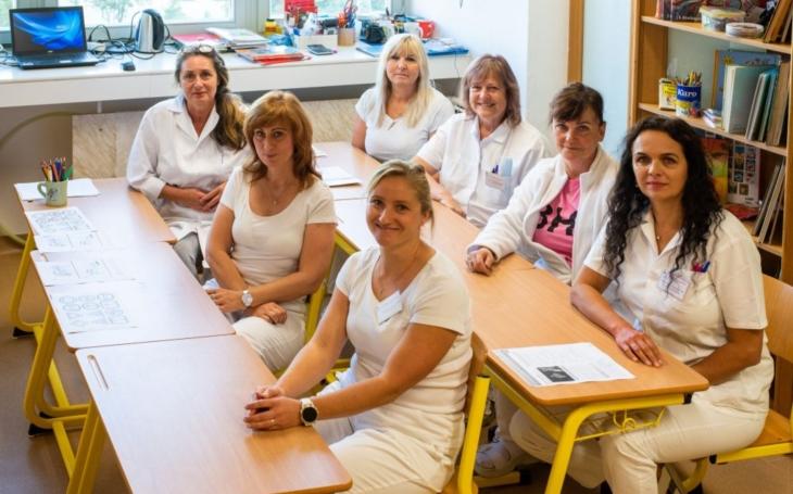 FN Olomouc: Když škola léčí. Výuka dětí v nemocnici  je součástí léčebného procesu