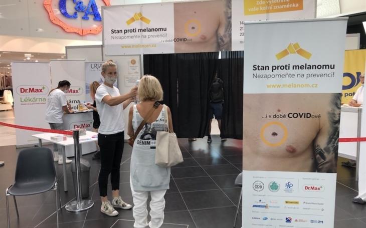 FN Ostrava: Stan proti melanomu navštívilo v Ostravě přes 600 lidí
