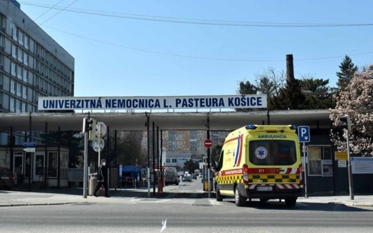 Košice, SK: Univerzitná nemocnica L. Pasteura Košice doporučuje roušky