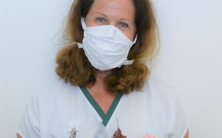 Uherskohradišťská nemocnice: Zdravotní laborantka Pavla Sokolíčková pracuje v nemocnici už 50 let