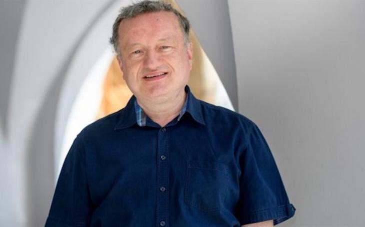 Jan Konvalinka, iRozhlas.cz: Infikovaných je tolik, že přestáváme stíhat trasování. Bojím se, že přijdou přísnější opatření