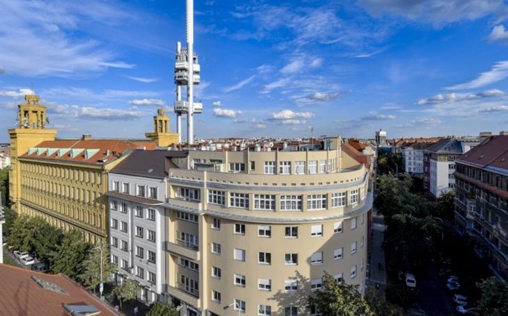 Nemocnice sv. Kříže Žižkov je církevní nemocnicí v Praze