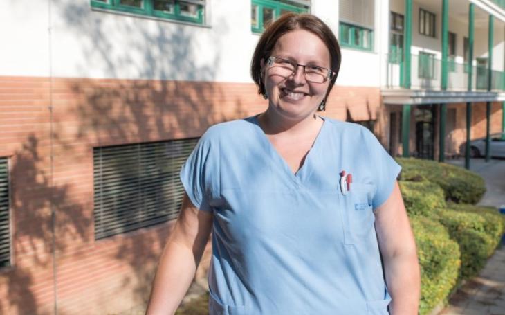 FN Brno: Staniční sestra Jana Řezníčková z Kliniky infekčních chorob: Z koronaviru mám respekt, ale ne strach
