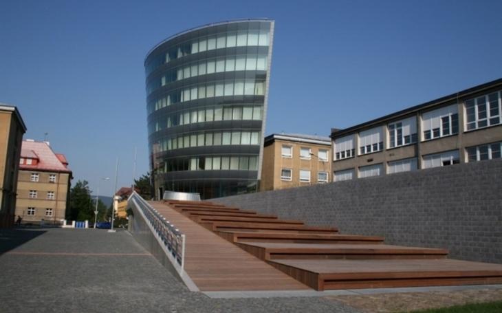 TU Liberec: Fakulta zdravotnických studií vysílá studenty na pomoc. Na praxi do zdravotnických zařízení jdou dříve