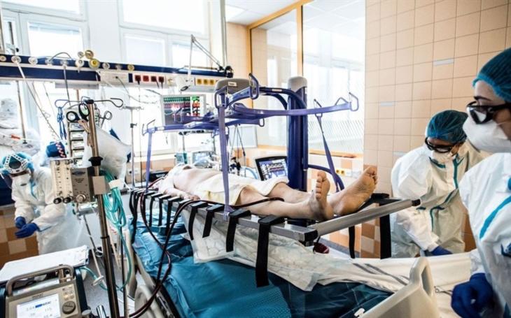 Aktuálně.cz: Medici pomáhají bojovat o životy na urgentní péči. Podívejte se na jejich službu