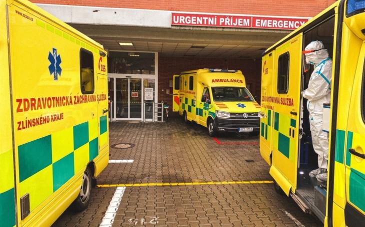 Nemocnice Zlínského kraje chystají náročný přesun pěti ventilovaných pacientů do pražské Fakultní nemocnice v Motole