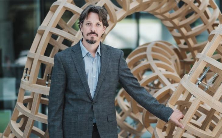 UNIVERSITAS: Nechci se ohlédnout a vidět ztracený čas, říká biolog Marek Mráz