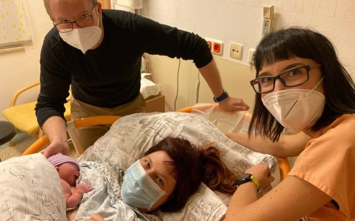 Ve FN Ostrava přišlo loni na svět 2 347 dětí, s velmi nízkou porodní hmotností pod 1500 gramů jich bylo nejméně za posledních deset let