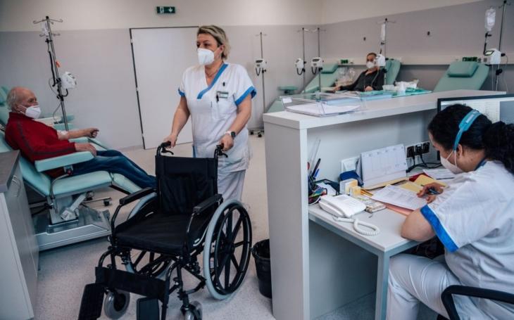 Zlínská nemocnice rozšiřuje spektrum onkologické péče, pacienti mají k dispozici nový stacionář