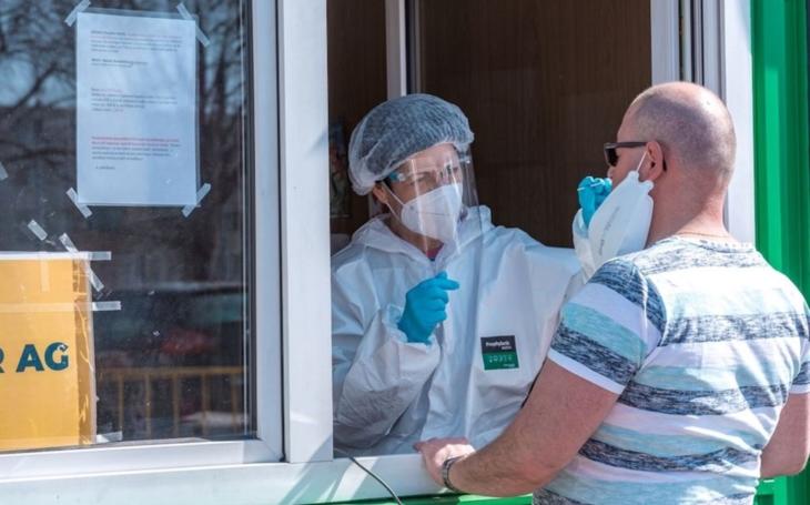 KNTB Zlín: Odběrový stan v nemocnici bude v provozu i přes velikonoční svátky, fungovat bude i laboratoř