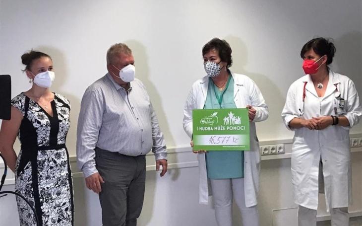 KNTB Zlín: Komplexní onkologické centrum dostalo další podporu od projektu Pomáháme onkologii
