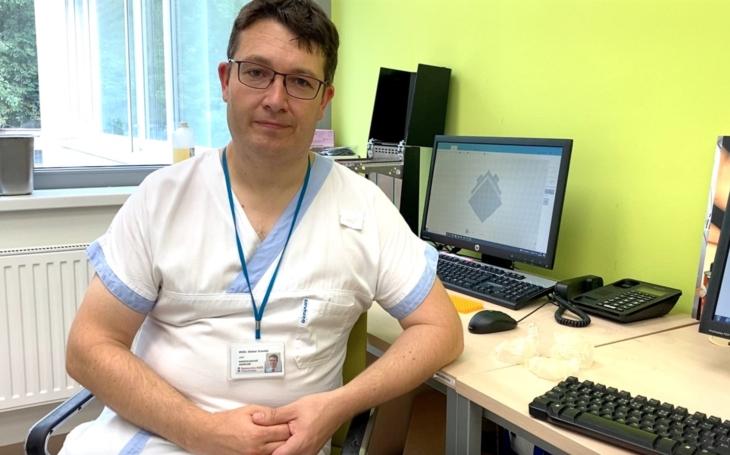 Nemocnice AGEL Třinec-Podlesí: Složitou operaci atypického srdce zvládli lékaři hravě díky virtuální realitě