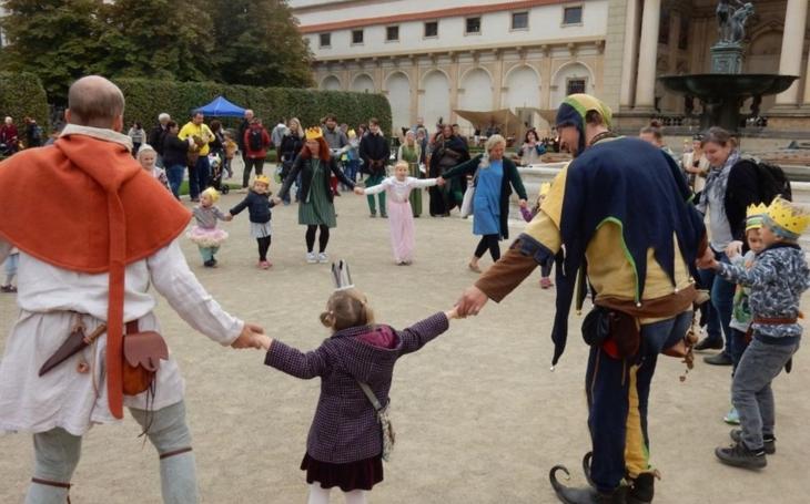 PRAHA: Valdštejnská zahrada přivítala neslyšící děti