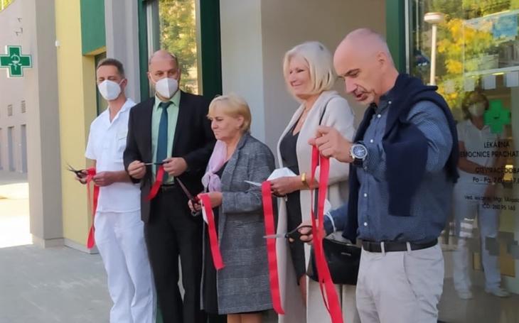 Nemocnice Prachatice: Nově zrekonstruovaná lékárna v areálu je otevřena