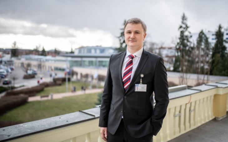 """MUDr. Ing. Michal Šnorek, Ph.D.:  """"Řídit nemocnici lze jen s maximálním nasazením."""""""