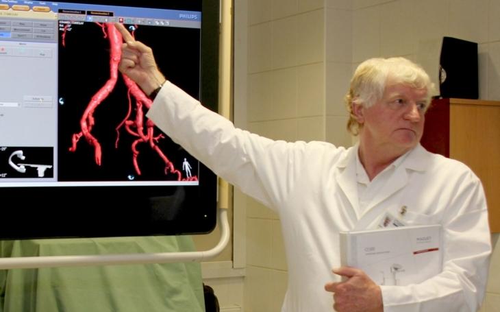 Práce kardiologa je po dvaceti letech spíše těžší, říká přednosta interní kliniky Petr Vojtíšek